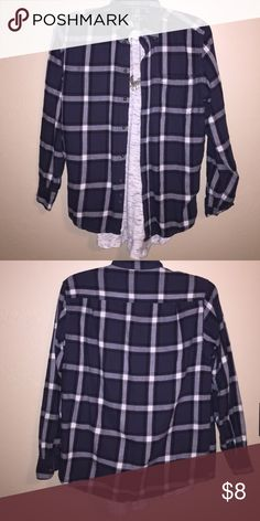 Vintage plaid shirt Size is small but fits large. An easy accent shirt! Tops Button Down Shirts