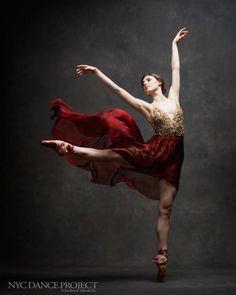 Projeto mostra a beleza dos movimentos da dança em Nova York