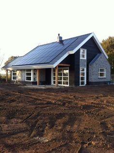 Best House Design Plans Craftsman Dream Homes Ideas Exterior Remodel, Roof Design, Home Design Plans, Cool House Designs, Architecture Details, Cottage Style, Building Design, Cottages, Art Deco
