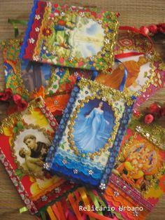 Mini estandartes Relicário Urbano    Delicadeza em forma de fé.    Modelo mini, podem ser feitos com fotos de família, Santos, orixás...    Preço unitário.  Combo com 3 peças 120,00. R$ 50,00