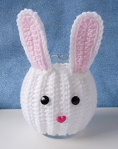 Free Ravelry Crochet Pattern: Bunny Jar Cozy pattern by Doni Speigle.this is the cutest thing, perfect for Spring! ~ Bunny jar cozy fits over a round glass jar/vase that is approx 5 tall, and around. Ravelry Crochet, Crochet Amigurumi, Amigurumi Patterns, Crochet Toys, Free Crochet, Ravelry Free, Amigurumi Doll, Crochet Baskets, Crochet Bunny Pattern
