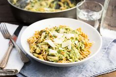 Pasta pesto met snijbonen & champignons