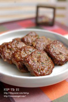 문성실의 이야기가 있는 밥상 Korean Street Food, Korean Food, Korean Dishes, Vegetable Seasoning, Light Recipes, No Cook Meals, Finger Foods, Asian Recipes, Great Recipes