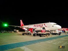 Mais um @airbus A320 da @aviancabrasil chegando de Recife O66310 #avianca #airbus #a320 ##a320lovers #aviation #avgeek #planespotting #instagramaviation #instaplane #airbuslovers #aviationlovers #aviationphotography #planeporn #avporn #spotting #instaaviation #megaplane #staralliance #instaplanelovers #petrolina #pnz #sbpl #recife #rec #sbrf #nordeste #brasil #p32 #letsgo