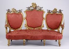 Very rare late 18th or early 19th century Venetian gilt wood sofa with a three…