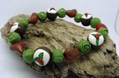 Bytheshed xmas bracelet with xmas puddings, sprouts and robins