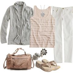 switch to flats and it's a perfect comfy casual outfit