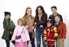 Sofia Carson and Sabrina Carpenter share a lot of chaos in the upcoming Disney Channel original movie, Adventures in Babysitting. Disney Channel Movies, Disney Channel Original, Disney Channel Stars, Disney Stars, Original Movie, Adventures In Babysitting Disney, Adventures By Disney, Disney Challenge, Sabrina Carpenter