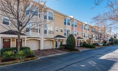 Cute Townhome in O4W Only Asking $149k Address: 375 Highland Ave NE Unit 909, Atlanta, GA Neighborhood: Highland City View 1 Beds | 1 Baths | 950 sqft | Built in 2000 | Listed on 03/08  This 1 bedroom townhome is a steal in O4W. The attached garage is also a bonus.