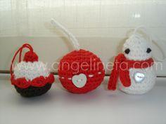 Para colgar en el árbol de Navidad. Tejidos con algodón. Crochet Earrings, Christmas Ornaments, Holiday Decor, Home Decor, Tejidos, Xmas, Decoration Home, Room Decor, Christmas Jewelry