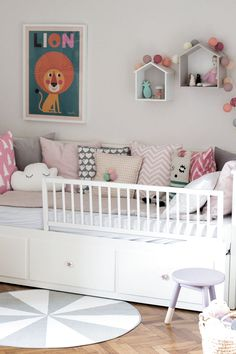 The post appeared first on Babyzimmer ideen. Lit Hemnes Ikea, Ikea Hemnes Daybed, Hemnes Day Bed, Toddler And Baby Room, Toddler Rooms, Toddler Bed, Girls Daybed, Girls Bedroom, Room Girls