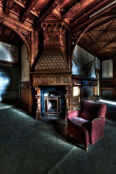 Gothic Interior, Mansion Interior, Interior And Exterior, Interior Design, Architecture Old, Architecture Details, Diy Interior Furniture, German Houses, Horror House