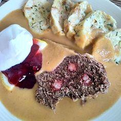 """Dneska sváteční oběd - """"svíčková"""" s karlovarským knedlíkem. U nás frčí hodně zeleninová, kořeněná, sladkokyselá, s trochou smetany. Jak to máte se svíčkovou vy? #svickova #karlovarskyknedlik #hovězí #beef #sauce #dumplings #cranberries #cream Camembert Cheese, Ethnic Recipes, Food, Food Food, Essen, Meals, Yemek, Eten"""