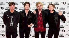 Michael Clifford from 5 Seconds of Summer is on crutches after falling off stage at the BBC Radio 1 Teen Awards. Description from bbc.co.uk. I searched for this on bing.com/images