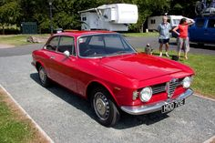 Overview As per Archivio Storico Alfa Romeo: According to our documentation files, the chassis number AR 298406 originally corresponds to an Alfa Romeo Giulia Sprint GT Veloce RHD (105.37), manufactured on the 2nd August 1966 and sold on the 30th August 1966 to Alfa Romeo from London, U.K. The body colour is Alfa red (AR …
