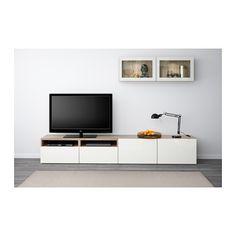 BESTÅ Tv-opbergcombi/vitrinedeuren - grijs gelazuurd walnootpatroon/Selsviken hoogglans/wit helder glas, laderail, zachtsluitend - IKEA