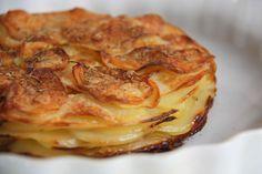 Kartofler til gæstemiddagen: Pommes Anna (Recipe in Danish)