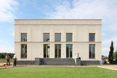 Exklusive Villa mit Hof und zwei Seitenflügeln in Stadtnähe - VOGEL CG ARCHITEKTEN BERLIN