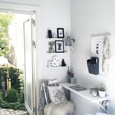 Pocket: See this Instagram photo by @workspacegoals • 2,343 likes