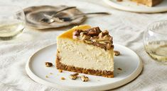 Butter Pecan Cheesecake Recipe, Cheesecake Recipes, Dessert Recipes, Southern Living Cheesecake Recipe, Yummy Recipes, Sweet Butter, Toasted Pecans, Just Desserts, Gourmet
