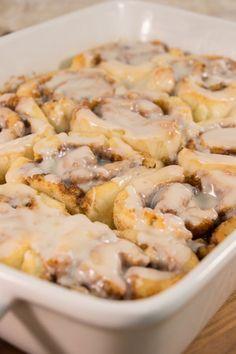 Amish Fried Apple Pies | TheBestDessertRecipes.com