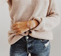 I love everything about this Fall outfit. Lovely Fall Fresh Looking Outfit. 39 Dizzy Street Style Outfits For Your Wardrobe This Fall – I love everything about this Fall outfit. Lovely Fall Fresh Looking Outfit. Estilo Fashion, Fashion Moda, Look Fashion, Fashion Outfits, Womens Fashion, Preppy Fashion, Japan Fashion, India Fashion, Fashion Trends