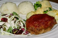Mennonite Girls Can Cook: Meatloaf - Individual Size