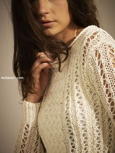 короткий вязаный пуловер