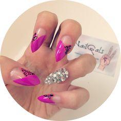 Purple and Pink leopard print tips x swarovski stiletto nails www.nailgals.com #stilettonails #glueonnails #pressonnails #falsenails #nailart #naildesigns #swarovski #leopardprint #animalprintnails