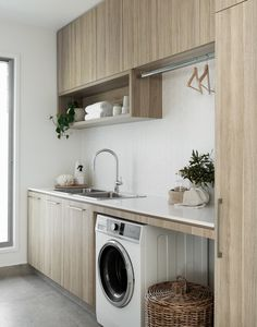 Top Tips for designing your game changer laundry with Interior Designers Zephyr & Stone Modern Laundry Rooms, Laundry Room Layouts, Laundry Room Organization, Laundry In Bathroom, Laundry Cupboard, Laundry Cabinets, Laundry Closet, Laundry Storage, Cupboards