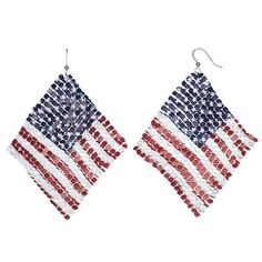 Featuring a wavy mesh design, these American flag drop earrings are ready to fly. Fish Hook Earrings, Seed Bead Earrings, Drop Earrings, Seed Beads, Loom Patterns, Beading Patterns, Art Patterns, Beading Tutorials, Beaded Earrings Patterns
