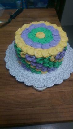 Mardi gras petal cake