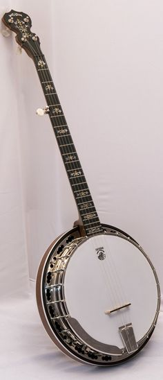 Deering Deluxe Banjo with Case