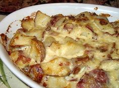Source:                    5 lbs baking potatoes  8 ounces sour cream  1 cup mayonnaise  1⁄2 cup chopped onion  1⁄2 cup bacon bits  1⁄2...