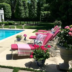 Shelley Johnstone Interior Design Lake Forest Illinois David Adler Pagoda Pool House Chinoiserie Blue and White Porcelain Pink Chaise Outdoor Rooms, Outdoor Living, Outdoor Decor, Outdoor Lounge, Outdoor Areas, Pool Furniture, Outdoor Furniture Sets, Cabana, My Pool