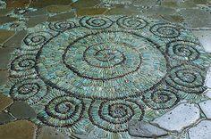 Create a Pebble Mosaic - Fine Gardening Article