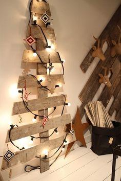 Árbol de Navidad hecho con un palet