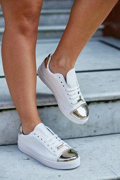 amazing adidas shoes- Stylish Adidas superstar designs http://www.justtrendygirls.com/stylish-adidas-superstar-designs/