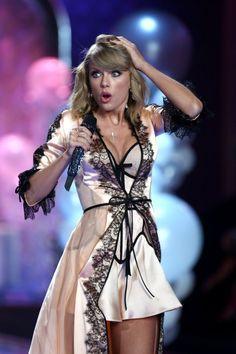 Taylor Swift - Victorias Secret Show 2014 Taylor Swift