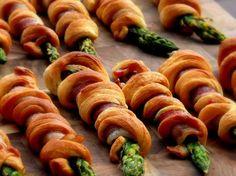 Bacon Wrapped-Asparagus Breadsticks