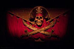 Pirates of the Caribbean, Disneyland Disneyland Rides, Disney Rides, Disney Love, Disney Magic, Disney Parks, Walt Disney, Pirate Decor, Pirate Theme, Pirate Halloween