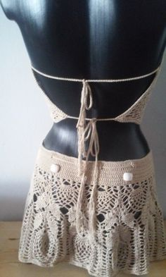 Top and crochet miniskirt made with sand colored cotton thread with turquoise stones beads Unique design of medium size pineapples is perfect to go to the beach or pool Boho Style Dresses, Festival Wear, Stone Beads, Dress Patterns, Boho Fashion, Festive, Mini Skirts, Swimsuits, Turquoise