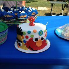 sesame street- cake decorating ideas | Sesame Street Cake | Party Ideas