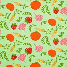 Tela de patchwork con verduras y frutas de diferentes colores sobre fondo verde. ¿No eran 5 piezas al día? :-D