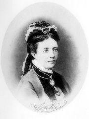 Sofía de Nassau (1836-1913), reina consorte de Suecia y Noruega por su matrimonio con el príncipe Oscar en 1853. (Public Domain) #miercolesretratos #EnciclopediaLibre