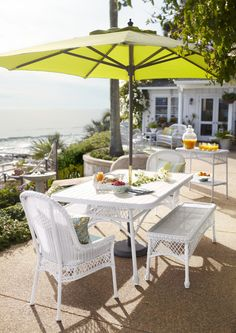 Our Santa Barbara Dining Collection has it made in the shade