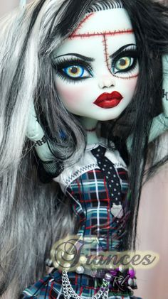 Monster High Frankie Stein repaint by RogueLively on DeviantArt - Monster High Crafts, Monster High Doll Clothes, Monster High Art, Custom Monster High Dolls, Monster Dolls, Monster High Repaint, Custom Dolls, Ever After High, Ooak Dolls