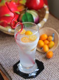 Mixture Coconut and Kumquat Juice Recipe (Hỗn Hợp Nước Dừa Quất). More at http://www.vietnamesefood.com.vn/vietnamese-recipes/vietnamese-dessert-recipes/mixture-coconut-and-kumquat-juice-recipe-hon-hop-nuoc-dua-quat.html