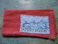 Car handdyed, handmade serviette for Les Couronnes Sauvages