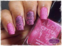 Pink Crystal - Avon carimbado com UberChic Love & marriage 01 #avon #esmaltadasdapatydomingues #liquidsand #carimbada #uberchic